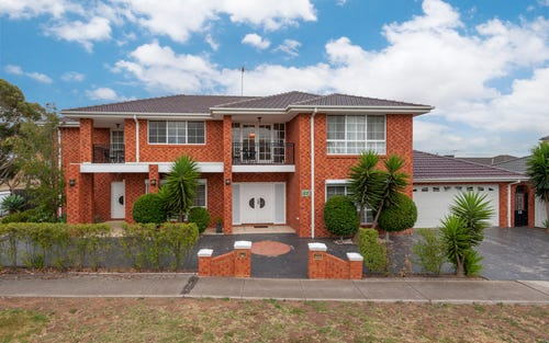 23 Edgewater Cct, Cairnlea VIC 3023