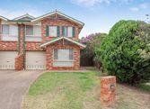 2/8a Kiriwina Place, Glenfield NSW