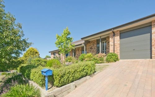 7 Max Henry Crescent, Macarthur ACT