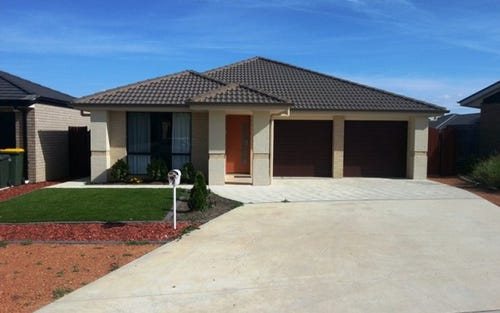7 Elphick Place, Bonner ACT