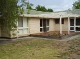 802 St James Crescent, Albury NSW