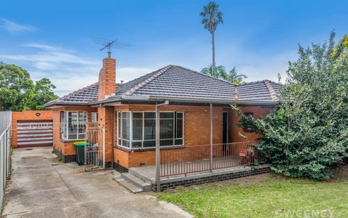 12 Paproth Gr, Altona North VIC 3025