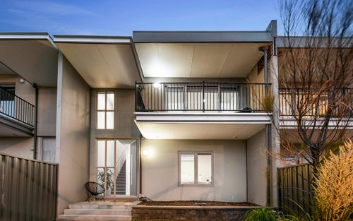 4/4-12 Fisher Pde, Ascot Vale VIC 3032