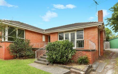 8 Benwerrin Dr, Burwood East VIC 3151