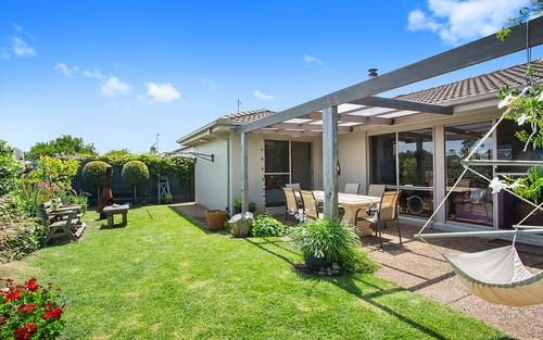 2/9 Hopgood Pl, Barwon Heads VIC 3227