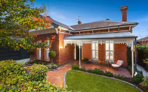 12 Royal Cr, Armadale VIC 3143
