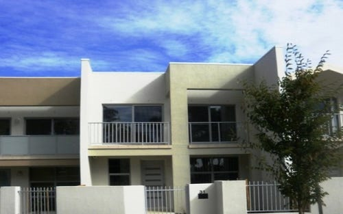 31 Tom Nicholas Crescent, Forde ACT