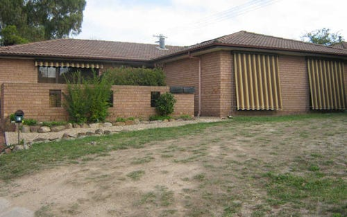 10 Bouchard Place, Fadden ACT