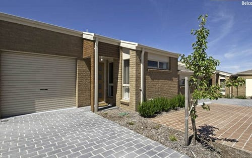 2/2 Neil Currie Crescent, Casey ACT