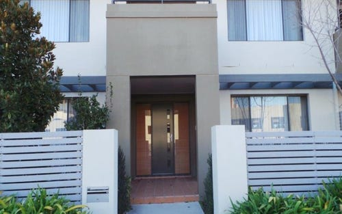90 Eileen Good Street, Greenway ACT