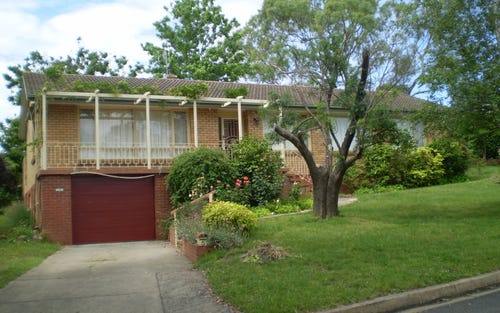 5 Tivey Place, Hughes ACT