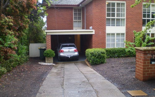 32 Discovery Street, Red Hill ACT