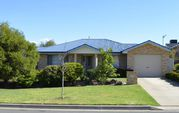 95 Atherton Crescent, Tatton NSW