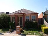 18 Nouvelle Grove, South Morang VIC 3752